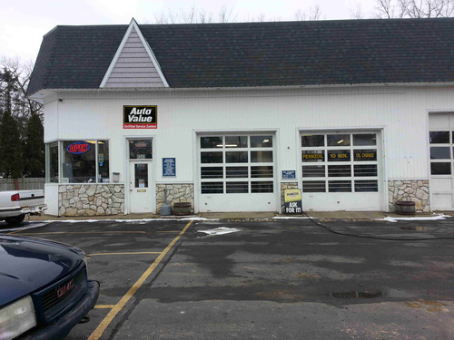 Six Lakes Service storefront. Your local Auto-Wares, Inc in White Lake, MI.