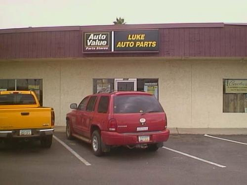 LUKE AUTO PARTS storefront. Your local Star Distributing in Glendale, AZ.