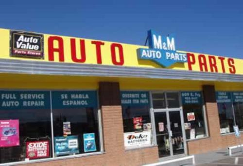 M & M Auto Supply storefront. Your local Star Distributing in Sierra Vista, AZ.