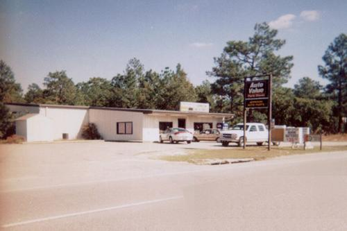 Johnson Auto Parts storefront. Your local Hahn Automotive Warehouse in Hartsville, SC.