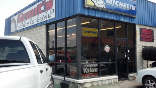 GRANTS TIRE AND AUTO storefront. Your local White Brothers Warehouse, Inc. in Macon, GA.