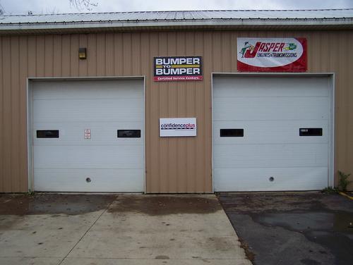 ES Tire & Auto storefront - Your local Auto Parts store in Jackson, MICHIGAN (MI)