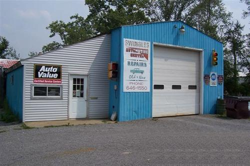 Swingles Automotive Service storefront. Your local Hahn Automotive Warehouse in Greenville, PA.