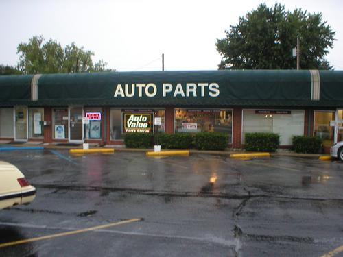 Speedway Auto Parts storefront. Your local Hahn Automotive Warehouse in Noblesville, IN.