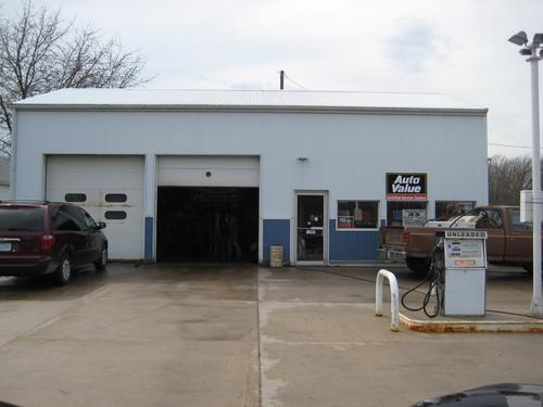 Wheels Service storefront. Your local AutoParts HeadQuarters, Inc in Stacyville, IA.