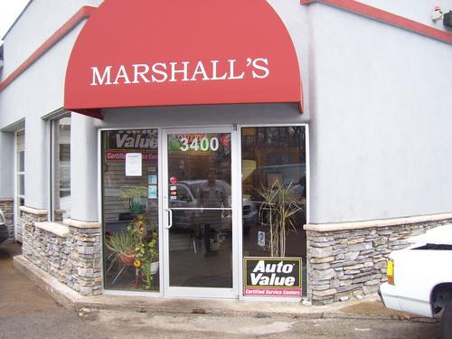 Marshall's Auto Service storefront. Your local Al's Automotive in Maplewood, MO.