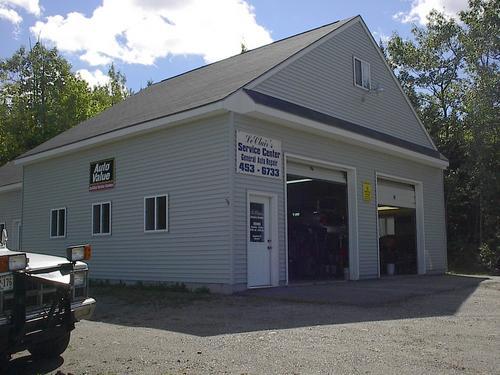 LeClairs Service Center