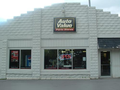 Advantage Auto Stores - 10153 storefront. Your local Hahn Automotive in Canastota, NY.
