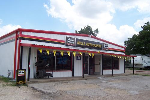 MILLS AUTO SUPPLY storefront. Your local 4M Parts Warehouse in Hubbard, TX.