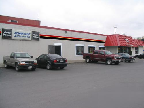 Advantage Auto Stores storefront. Your local Hahn Automotive Warehouse in Watertown, NY.