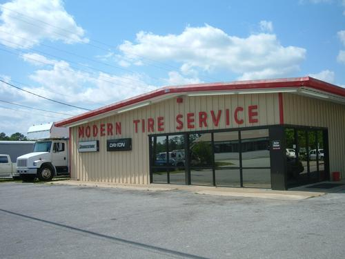 Modern Tire Service storefront. Your local Hahn Automotive Warehouse in Jacksonville, NC.