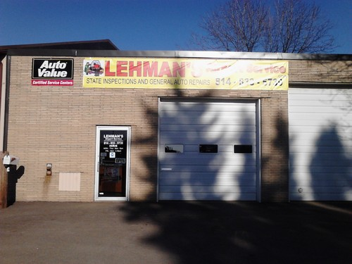 Lehman's Airport Service storefront. Your local Hahn Automotive Warehouse in Erie, PA.