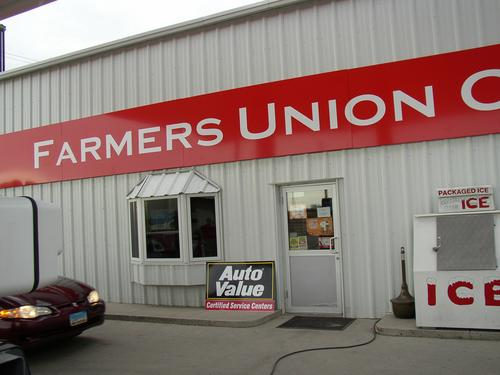Farmers Union Oil storefront. Your local AutoParts HeadQuarters, Inc in Westhope, ND.