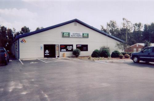 Downes Auto Parts - Goldsboro storefront. Your local Hahn Automotive Warehouse in Goldsboro, NC.