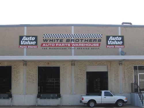 Birmingham storefront. Your local White Brothers Warehouse, Inc. in Birmingham, AL.