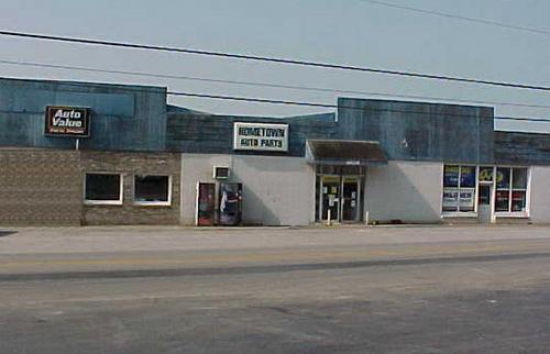 Hometown Auto Parts storefront. Your local Hahn Automotive Warehouse in Liberty, KY.