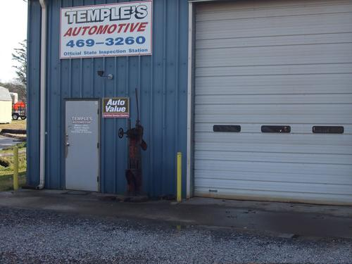 Temple Automotive storefront. Your local Hahn Automotive Warehouse in Dinwiddie, VT.