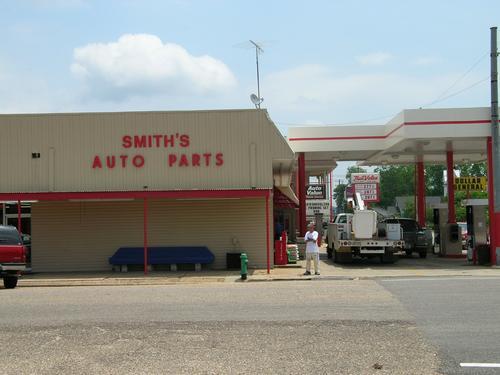 Smith's Parts & Service