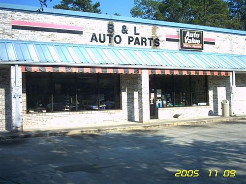 B&L Auto Parts storefront. Your local Tri-States Automotive Warehouse, Inc in Woodville, FL.