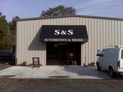 S&S Automotive and Airboats storefront. Your local White Brothers Warehouse, Inc. in Valdosta, GA.