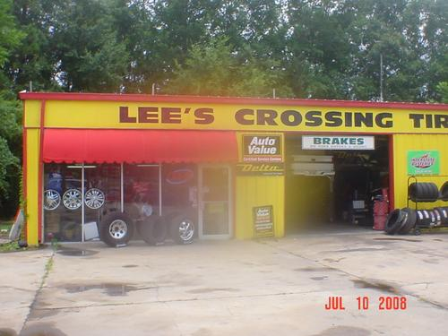 LEE'S CROSSING TIRES & SVC storefront. Your local White Brothers Warehouse, Inc. in LaGrange, GA.